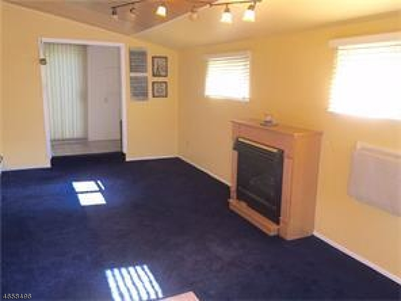 Additional photo for property listing at 64 Pinetree Drive  Parlin, New Jersey 08859 United States