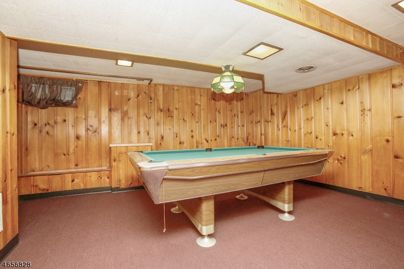 Additional photo for property listing at 7 CLIFF Street  West Orange, Нью-Джерси 07052 Соединенные Штаты
