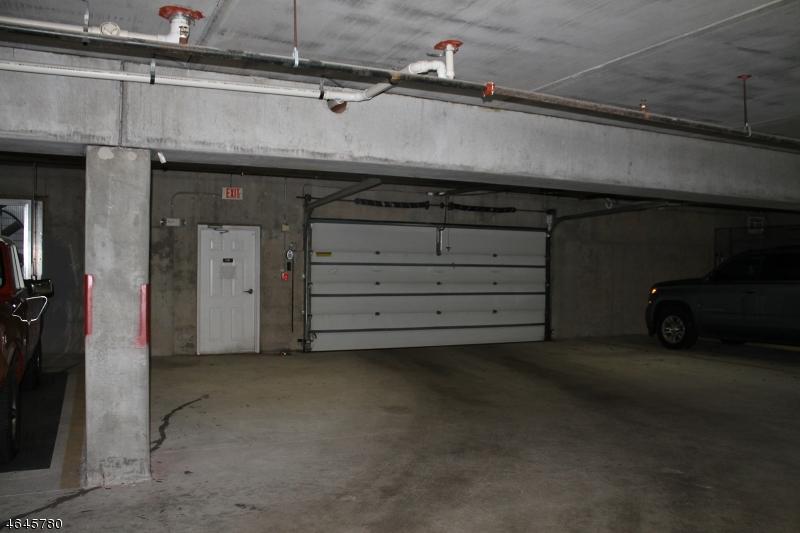 Additional photo for property listing at 2013 Brookfield Glen Drive  Belvidere, Nueva Jersey 07823 Estados Unidos