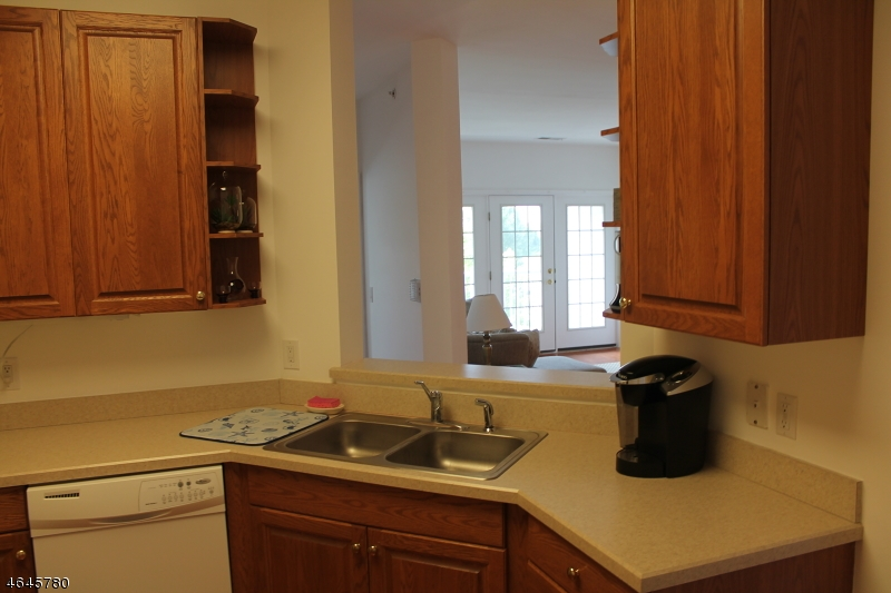 Additional photo for property listing at 2013 Brookfield Glen Drive  Belvidere, New Jersey 07823 United States