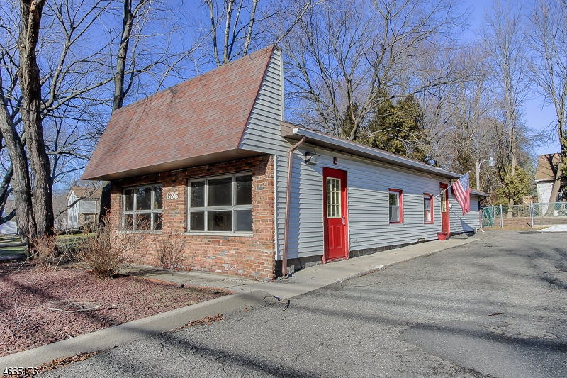 Additional photo for property listing at 836 MACOPIN Road  West Milford, Nueva Jersey 07480 Estados Unidos