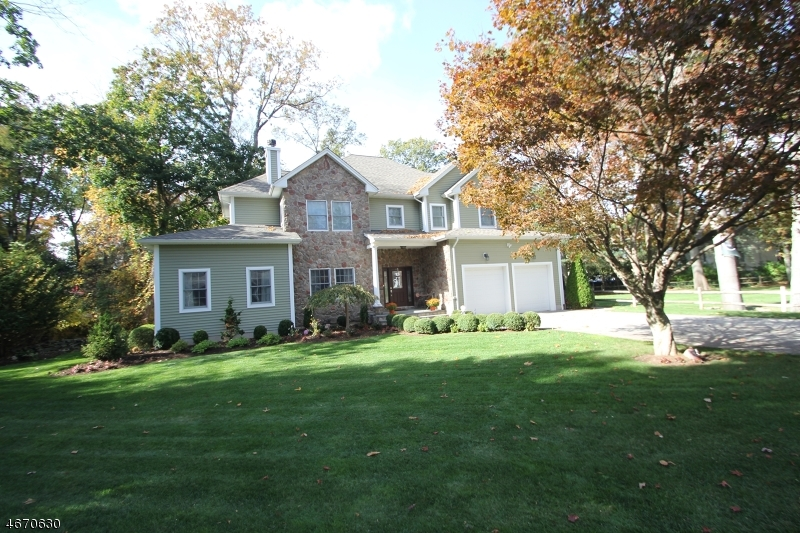 独户住宅 为 销售 在 61 Crest Road 拉姆齐, 07446 美国