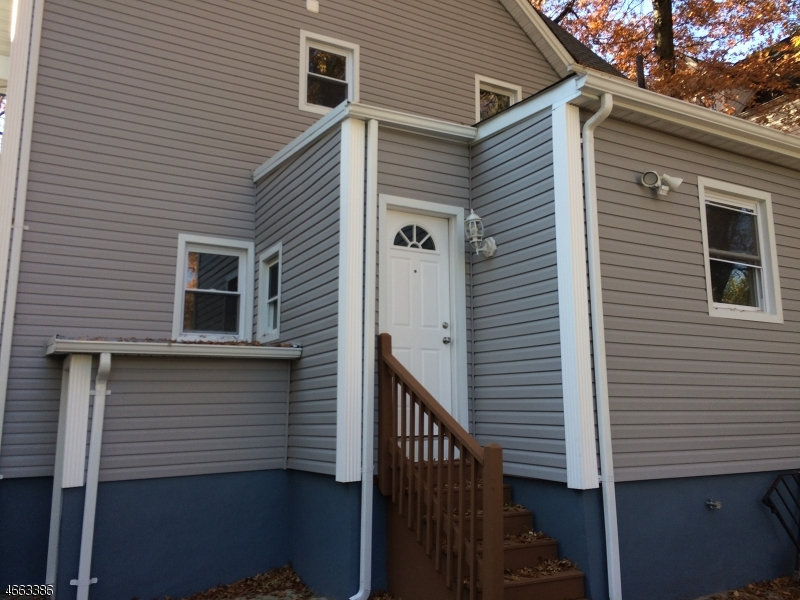 Additional photo for property listing at 36 Grove Place  East Orange, New Jersey 07017 États-Unis