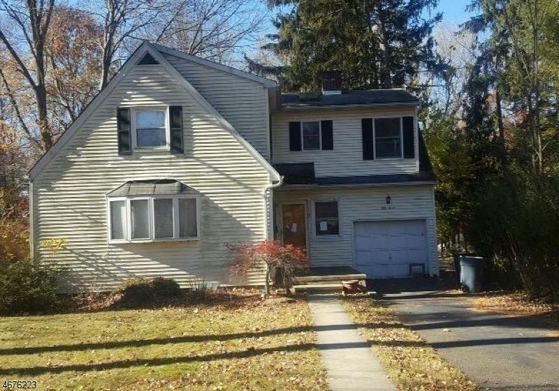 Частный односемейный дом для того Продажа на 57 Fairview Avenue Park Ridge, Нью-Джерси 07656 Соединенные Штаты