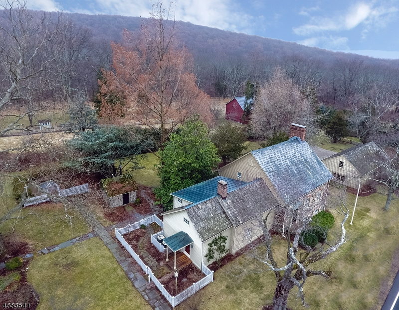 Single Family Home for Sale at 172 Stanton Road Readington, New Jersey 08822 United States