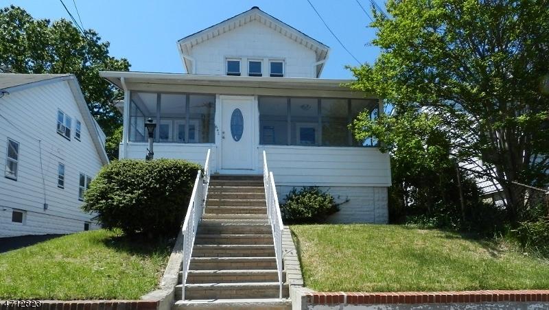 Casa Unifamiliar por un Alquiler en 642 Carlyle Place Union, Nueva Jersey 07083 Estados Unidos