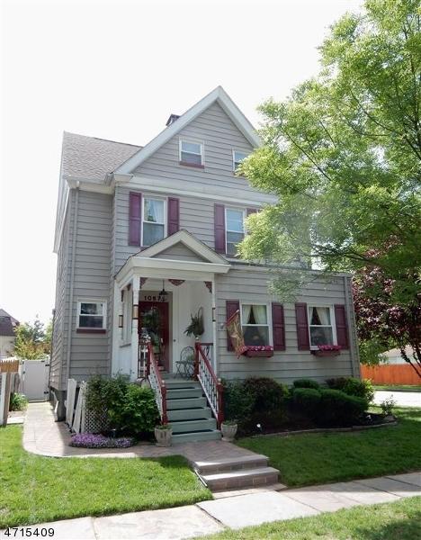 Maison unifamiliale pour l Vente à 1067 Bryant Street Rahway, New Jersey 07065 États-Unis