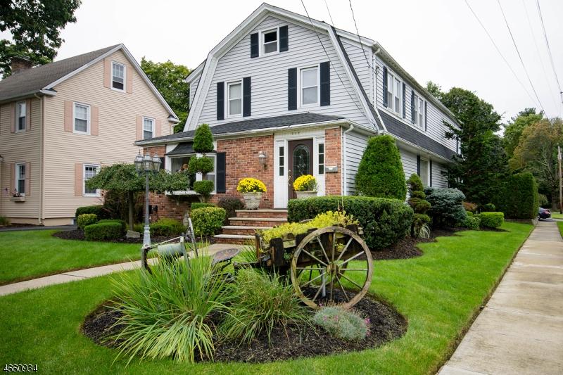 独户住宅 为 销售 在 642 Ramapo Avenue 朋普顿雷克, 07442 美国