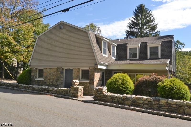 Частный односемейный дом для того Продажа на 150 Hurd Street Mine Hill, Нью-Джерси 07803 Соединенные Штаты