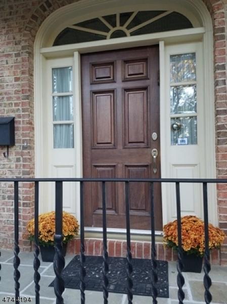 Casa Unifamiliar por un Venta en 36 Crestwood Drive Maplewood, Nueva Jersey 07040 Estados Unidos