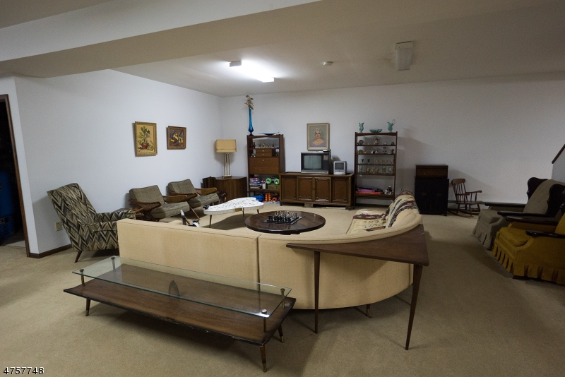 Additional photo for property listing at 936 Owassa Road  Stillwater, Νιου Τζερσεϋ 07860 Ηνωμενεσ Πολιτειεσ