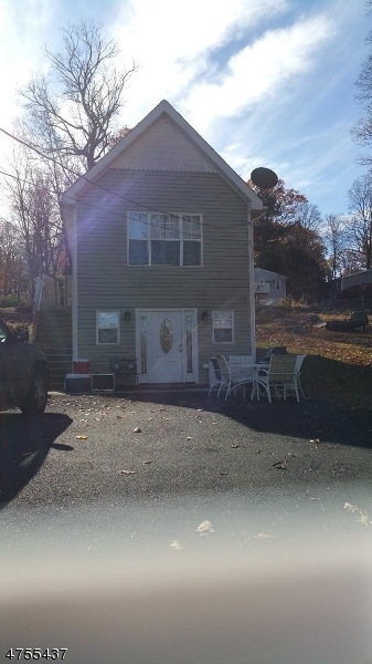 Casa Unifamiliar por un Alquiler en 436 Lakeside Blvd Hopatcong, Nueva Jersey 07843 Estados Unidos