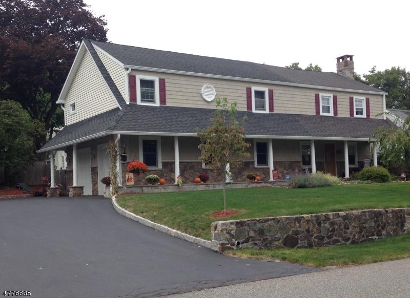 一戸建て のために 売買 アット 61 Roosevelt Avenue Butler, ニュージャージー 07405 アメリカ合衆国