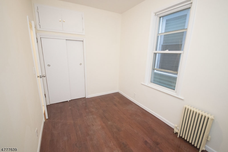 Maison unifamiliale pour l à louer à 133 W 22nd Street Bayonne, New Jersey 07002 États-Unis