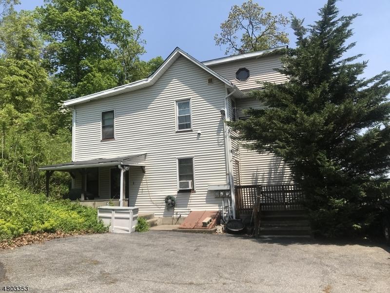 Многосемейный дом для того Продажа на 1025 Ringwood Avenue Wanaque, Нью-Джерси 07420 Соединенные Штаты