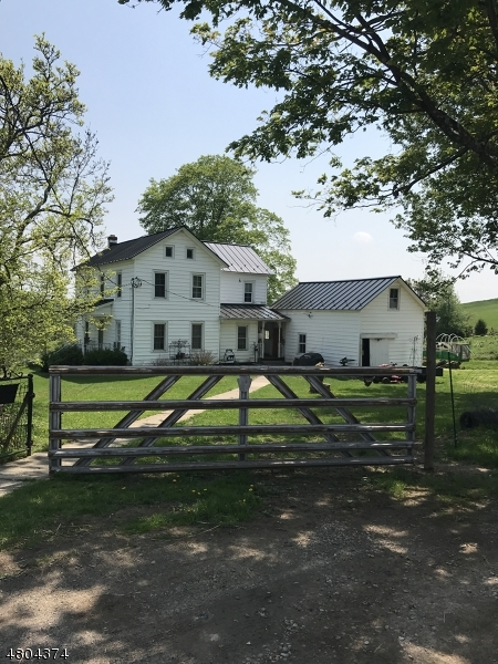 獨棟家庭住宅 為 出售 在 45 Mohican Road Blairstown, 新澤西州 07825 美國