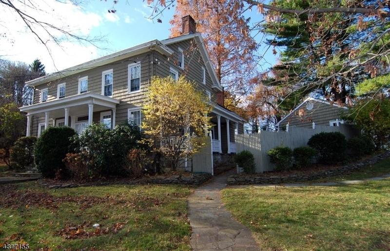 Casa para uma família para Venda às 27 Rutherfurd Road Allamuchy, Nova Jersey 07840 Estados Unidos