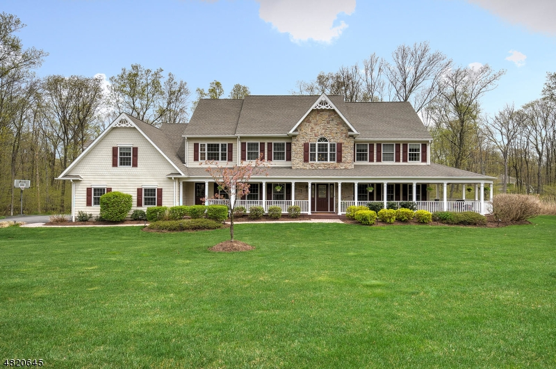 Casa Unifamiliar por un Venta en 4 COLLEEN Court Rockaway, Nueva Jersey 07866 Estados Unidos