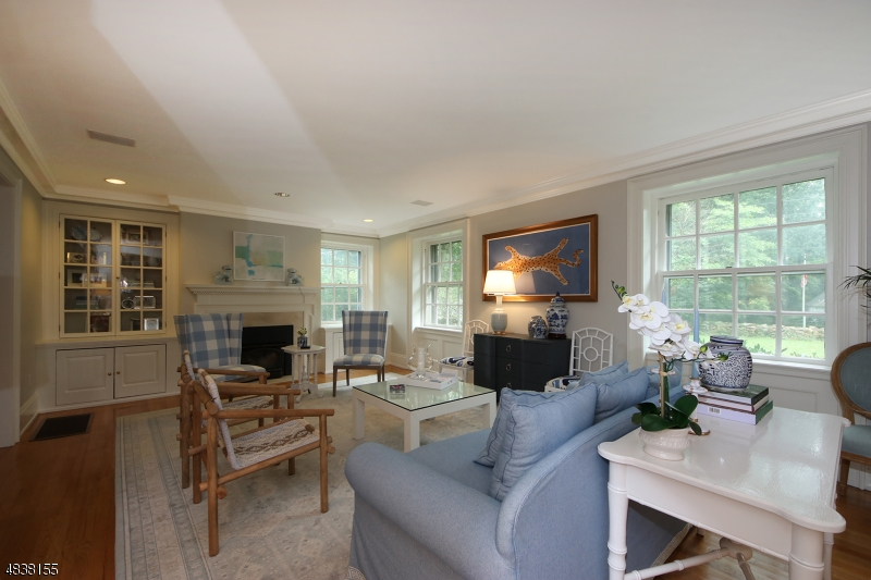 Additional photo for property listing at 39 RENSSELAER Road  Essex Fells, 新泽西州 07021 美国