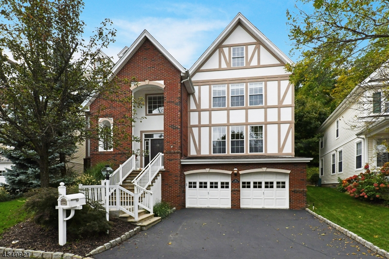 Single Family Home for Sale at 23 SKY TOP Ridge Oakland, New Jersey 07436 United States
