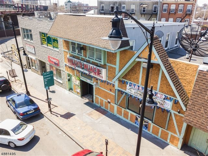 Commercial / Office for Sale at 252 N BROAD ST 252 N BROAD ST Elizabeth, New Jersey 07208 United States