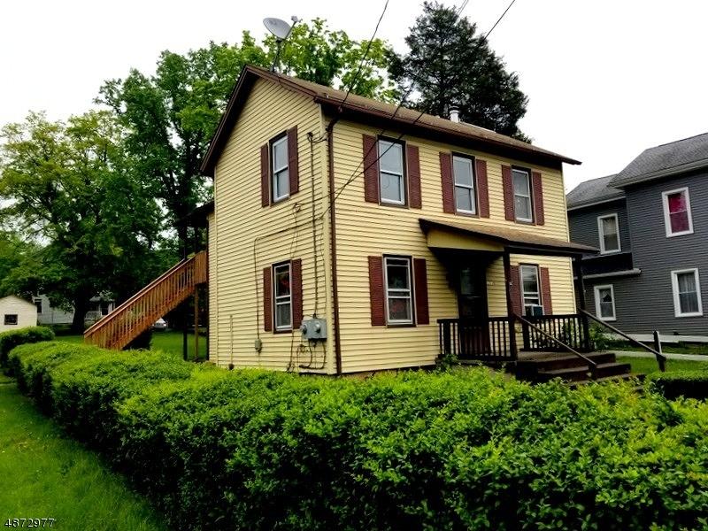 Частный односемейный дом для того Продажа на 100 BELVIDERE Avenue Oxford, Нью-Джерси 07863 Соединенные Штаты