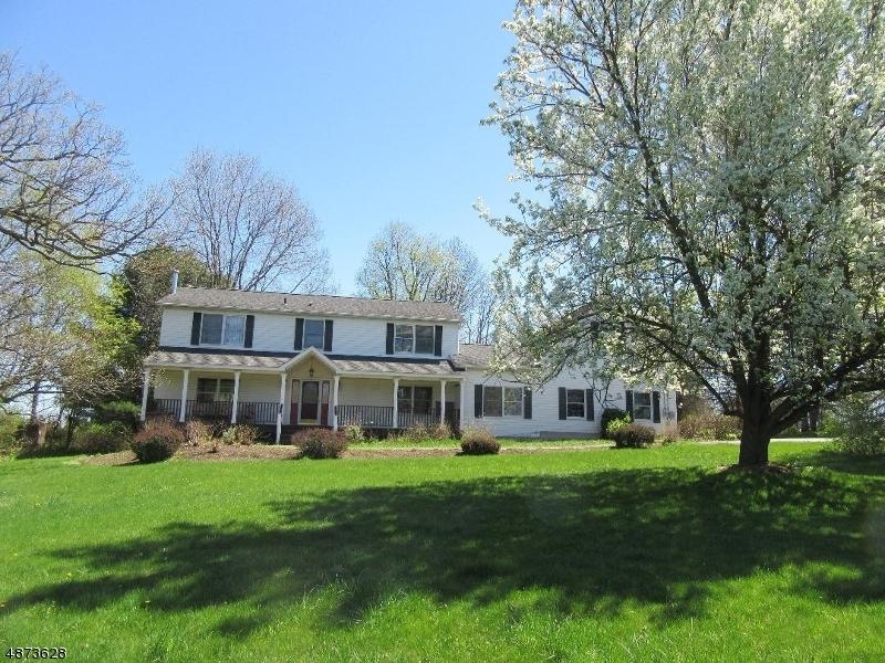 Villa per Vendita alle ore 236 WARBASSE JCT Road Lafayette, New Jersey 07848 Stati Uniti