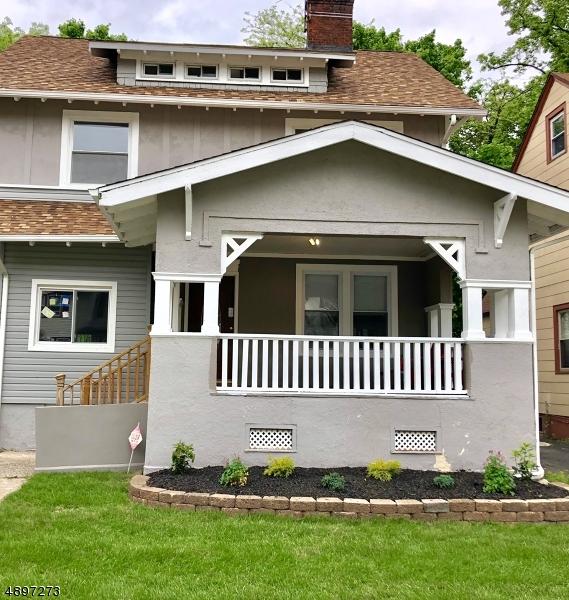 Eensgezinswoning voor Verkoop op East Orange, New Jersey 07017 Verenigde Staten