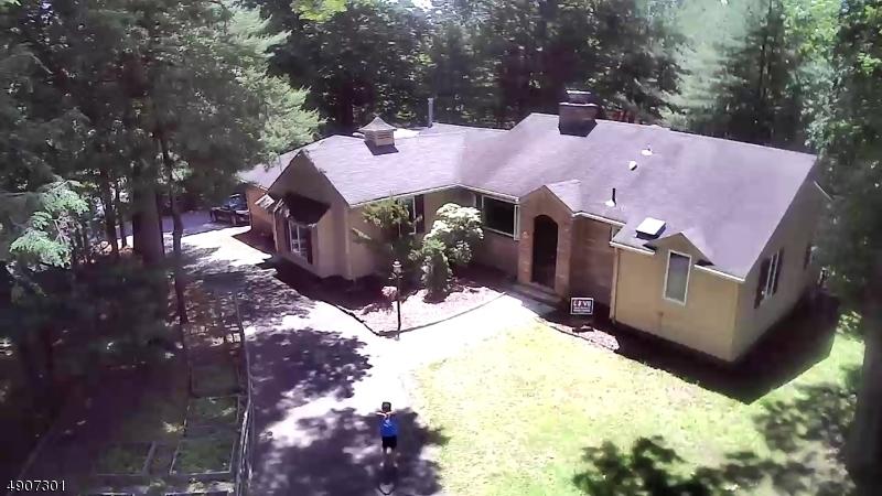 single family homes para Venda às Woodcliff Lake, Nova Jersey 07677 Estados Unidos