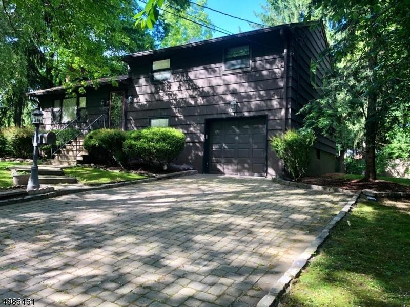 Single Family Homes のために 賃貸 アット Millburn, ニュージャージー 07041 アメリカ