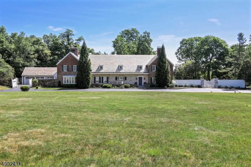 Single Family Homes for Sale at Florham Park, New Jersey 07960 United States