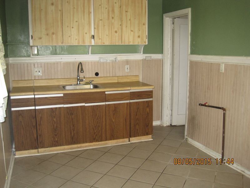 Additional photo for property listing at Address Not Available  Bloomfield, Нью-Джерси 07003 Соединенные Штаты
