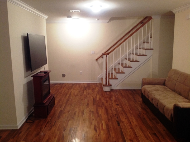 Additional photo for property listing at 113 S Grove St, UNIT 2E  East Orange, Нью-Джерси 07018 Соединенные Штаты