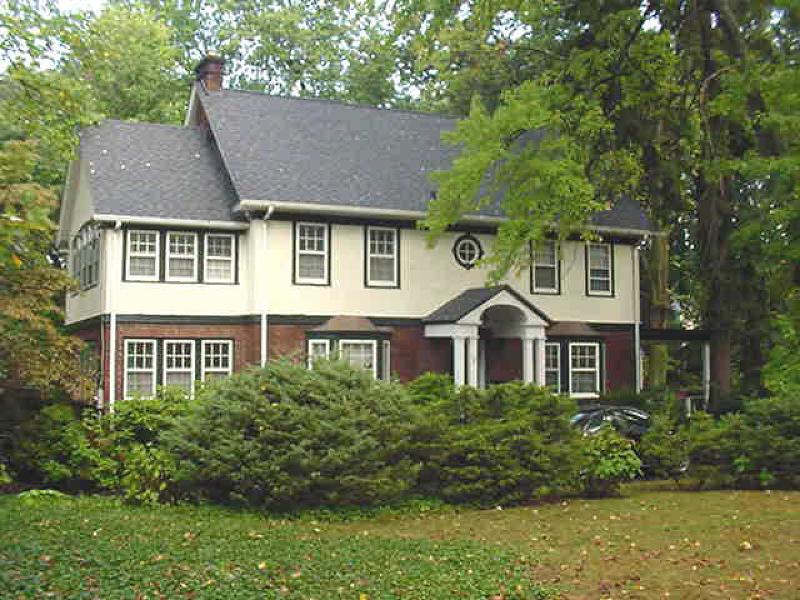 Maison unifamiliale pour l Vente à 5 Inwood Road Essex Fells, New Jersey 07021 États-Unis