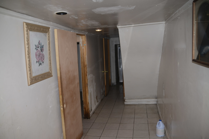 Additional photo for property listing at 105 Steuben  East Orange, New Jersey 07018 États-Unis