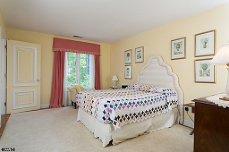 Additional photo for property listing at 7 Old Mine Road  Lebanon, Nueva Jersey 08833 Estados Unidos