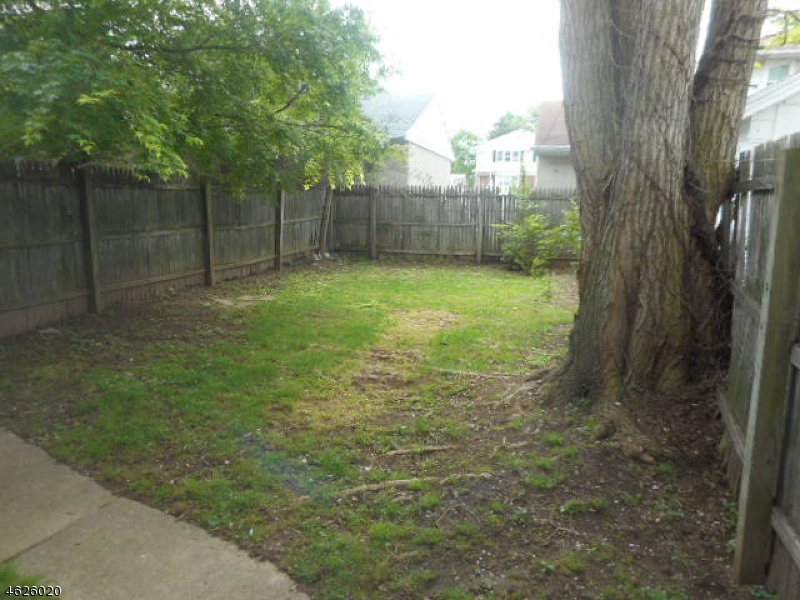 Additional photo for property listing at 127 New Street  Cranford, New Jersey 07016 United States