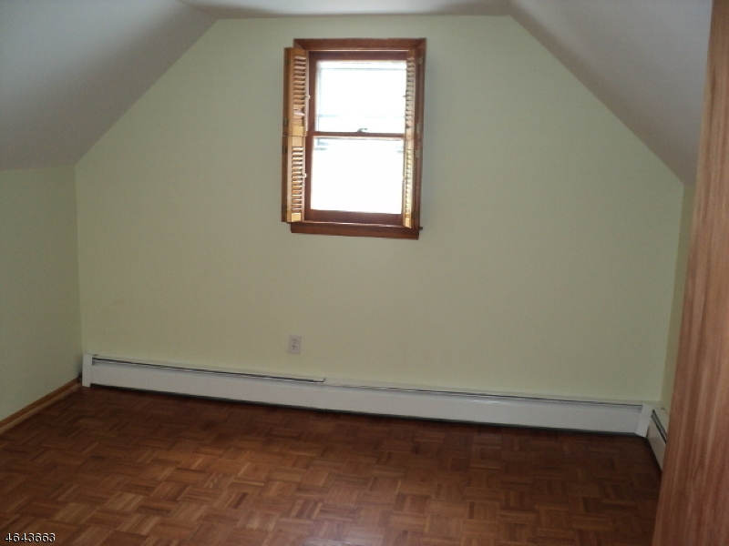Additional photo for property listing at 64 Huron Avenue  Clifton, Нью-Джерси 07011 Соединенные Штаты