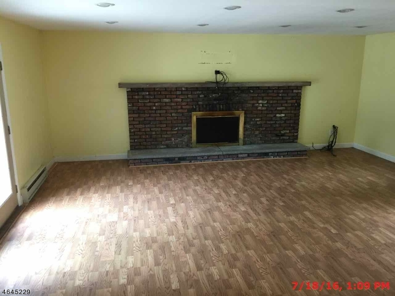 Additional photo for property listing at 67 Lake Pochung Road  Sussex, New Jersey 07461 United States