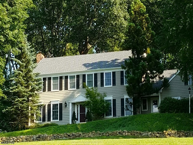 Additional photo for property listing at 12 Waldon Road  Califon, New Jersey 07830 United States