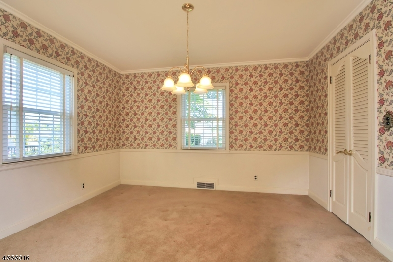 Additional photo for property listing at 65 Forest Street  North Arlington, New Jersey 07031 United States