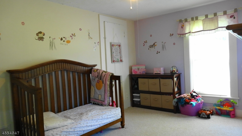 Additional photo for property listing at 64 Cork Hill Road  Ogdensburg, New Jersey 07439 États-Unis
