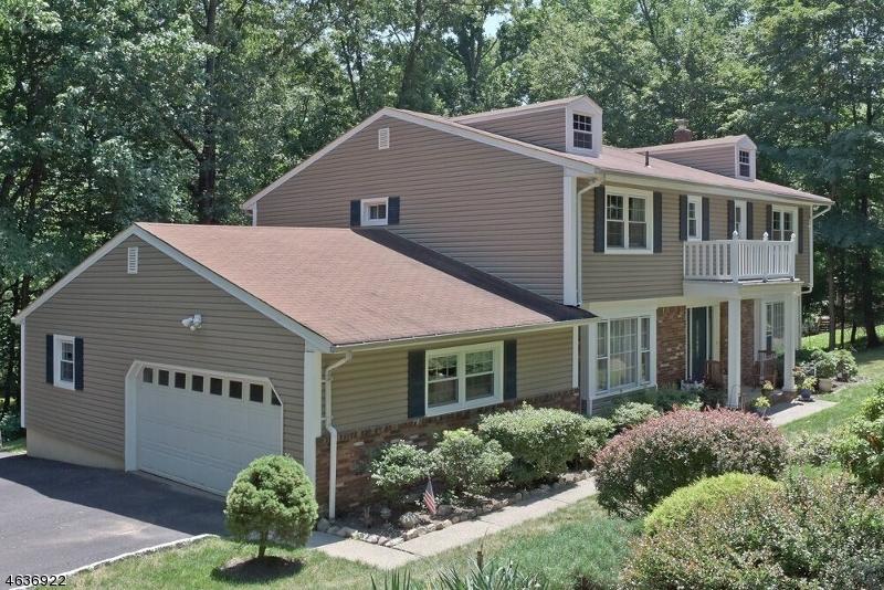 独户住宅 为 销售 在 9 Tracy Lane 莫里斯平原, 新泽西州 07950 美国
