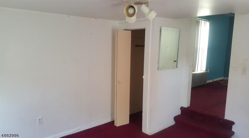 Additional photo for property listing at 122 Franklin Street  Elizabeth, 新泽西州 07206 美国