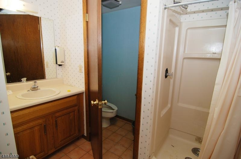 Additional photo for property listing at 117 Seber Rd UNIT 2C  Hackettstown, Нью-Джерси 07840 Соединенные Штаты