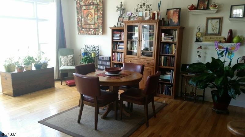 Maison unifamiliale pour l à louer à 1858 Springfield Ave 1A Maplewood, New Jersey 07040 États-Unis