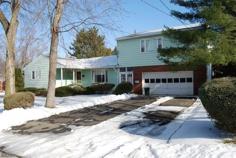 Частный односемейный дом для того Аренда на 57 Myrtle Avenue Madison, Нью-Джерси 07940 Соединенные Штаты
