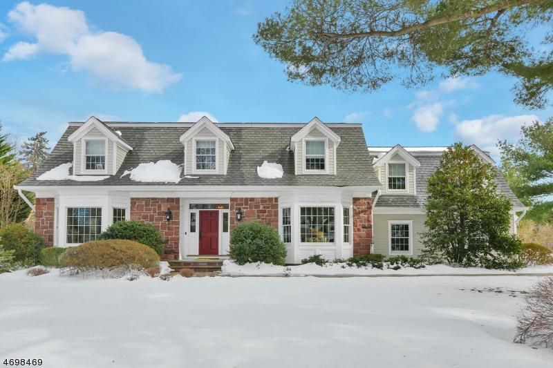 Частный односемейный дом для того Продажа на 408 Drury Lane Wyckoff, 07481 Соединенные Штаты
