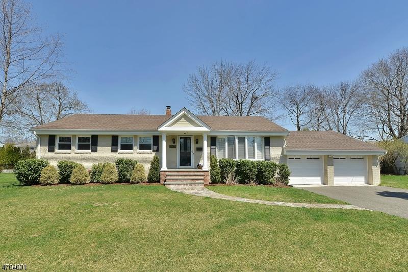 Casa Unifamiliar por un Venta en 8 Balston Drive Verona, Nueva Jersey 07044 Estados Unidos