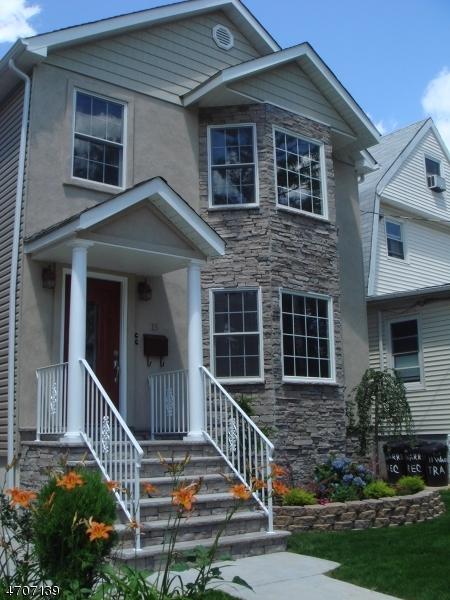 Частный односемейный дом для того Аренда на 15 WARREN Avenue Roselle Park, Нью-Джерси 07204 Соединенные Штаты